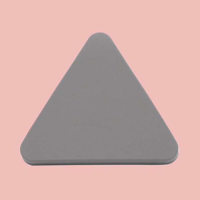 Ручка в детскую Серый треугольник